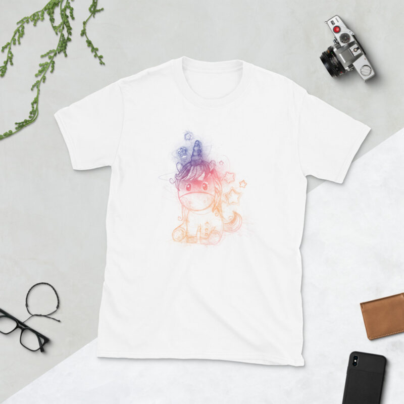 maglietta unicorno disegnato a matita